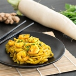 Low-Carb: One-Pot-Pasta mit Garnelen und Rettich
