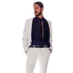 Outfit | Weißer Anzug im Bond-Style