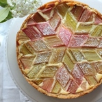 Rhabarberkuchen mit Muster