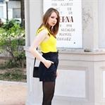 Sommerfarbe Gelb: Oberteil von Zara mit Shorts