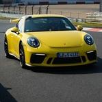 Yeni Porsche 911 GT3 Nurburing'de Rekor Kırdı!