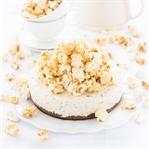 Caramel Eistorte mit Mandelsplittern & Popcorn