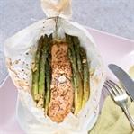 Grüner Spargel und Lachs aus dem Ofen