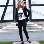 Outfit: Schwarz und Weiß mit Zara Korsett-Shirt