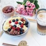 Rezept: Sommer Porridge mit Beeren und Vanille