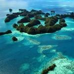 Rundflug über die Seventy Islands in Palau