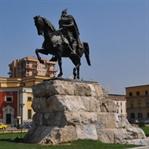 Arnavutluk'un Başkenti Tiran Hakkında Her Şey