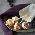 Brombeer-Ingwer-Cake Pops mit Baiser