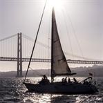 Katamaranfahrt bei Sonnenuntergang - Lissabon