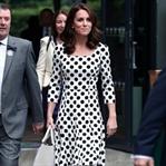 Kate Middleton: Dolce&Gabbana Puantiye Elbise