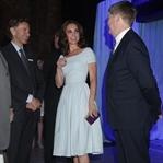 Kate Middleton: Uçuk Mavi Preen Elbise