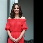 Kate Middleton: Alexander McQueen Kırmızı Elbise