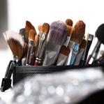 Makyaj Malzemelerinin Temizliği Nasıl Yapılır?
