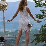 Outfit: Weißen Spitzenkleid & Spitzen-Aussicht