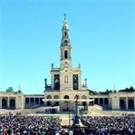 Portekiz'in Kutsal Mekânı Fátima