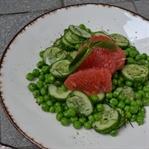Salat mit Grünen Erbsen, Grapefruit und Minze