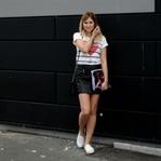 Outfit: Lederrock & Streifenshirt
