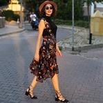 Şapkalar, Çiçekli Elbiseler ve Gülşah