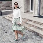 Spätsommer Outfit mit grünem Wickelrock