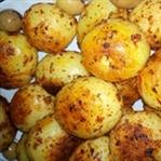 tencerede baharatlı patates