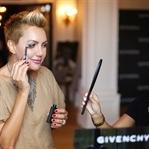 90 Derece Fırçalı Yeni Givenchy Maskara