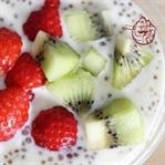 Chia Tohumlu Çilekli Yoğurt Tarifi