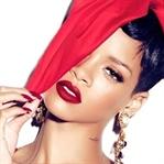 Rihanna Kendi Makyaj Markasını Yarattı...