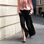 Trend: Yırtmaçlı eşofman ve pantolonlar