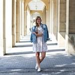 Weißes Spitzenkleid & zerrissene Jeansjacke