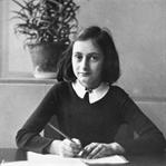 Anne Frank'in Günlüğü : Kaybolan Çocukluk