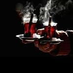 Bir Grup Çayı Şekersiz İçen İşkenceciler