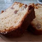 Kuru Üzüm ve Kayısılı Kek