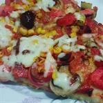 İnce Hamurlu Karışık Dominos gibi Pizza Tarifi