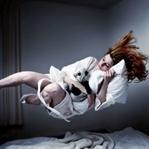 Uykuda Sıçrama veya İrkilme Neden Olur?