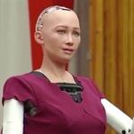 Vatandaşlık Hakkı Verilen İnsansı Robot : Sophia