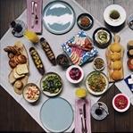 Gerçek lezzetlerle Türk kahvaltısında ağırlıyor.