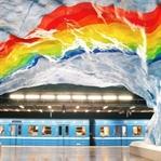 Stockholm Metrosu'nda Sanat
