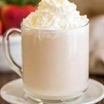 Evde Beyaz Sıcak Çikolata Yapımı