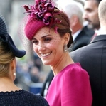 Kate Middleton: Pembe McQueen elbise