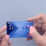 Üzerinde Buton Bulunan İnteraktif Kredi Kartı
