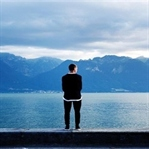 Yalnızlığın Depresyona Dönüşmesini Engellemek