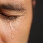 Erkekler Neden Ağlamasın Ki !