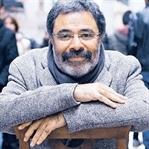 Gümbür gümbür Gelen Ahmet Ümit'ten Ayak Sesleri