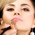 Yanlış kozmetik cildi bozuyor