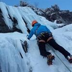 Buz Tırmanışı – Ice Climbing