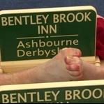 İngilizlerin İlginç Festivali: Ayak Parmağı Güreşi
