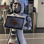 Tüm Personeli Robotlardan Oluşan İlk Banka Şubesi
