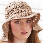 Yazlık Şapkalarla Şıklık
