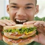 Hayat boyunca 45 ton yiyecek tüketiyoruz