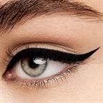 Kolay Eyeliner Nasıl Çekilir? Resimli Anlatım